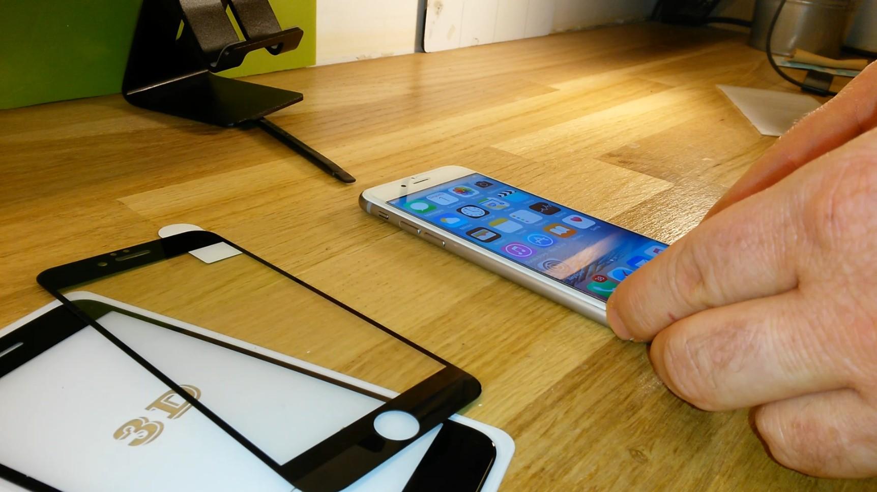 tuto poser un verre tremp la m thode pro avec iphone sur. Black Bedroom Furniture Sets. Home Design Ideas
